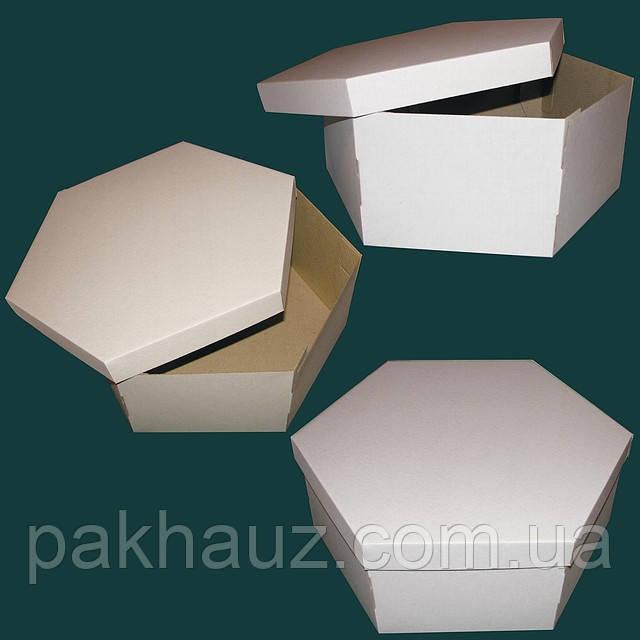 Картонная коробка шестиугольной формы