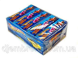 Жевательные резинки HotWheels- клубника, 20 пластинок