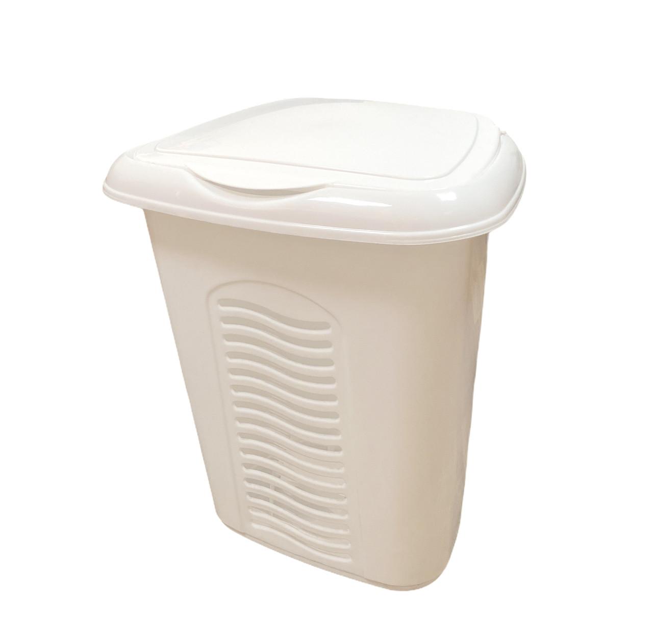 Корзина для белья пластиковая с крышкой стационарная, 40 л Белая