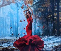 """Картина за номерами """"Дівчина в червоній сукні"""" 40*50 см"""