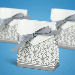 Бонбоньерка на свадьбу в виде серой коробочки