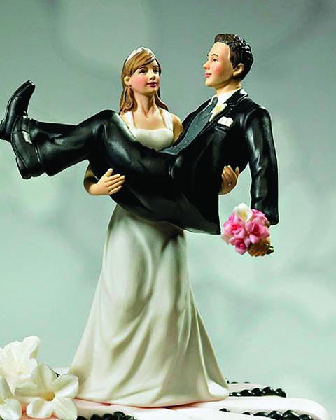Веселая фигурка на свадебный торт 1010