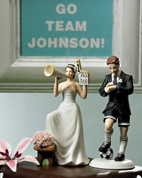 Забавная фигурка на свадебный торт 1042