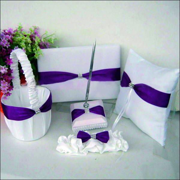 Свадебный набор аксессуаров (книга пожеланий, подушечка для колец, подвязка, корзинка для лепестков, ручка)