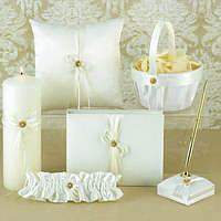 Свадебный набор аксессуаров (книга пожеланий, подушечка для колец, подвязка, корзинка для лепестков, ручка, св