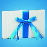 Книга пожеланий с лентой голубого цвета