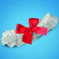 Подвязка на ногу невесты белая с красным бантиком