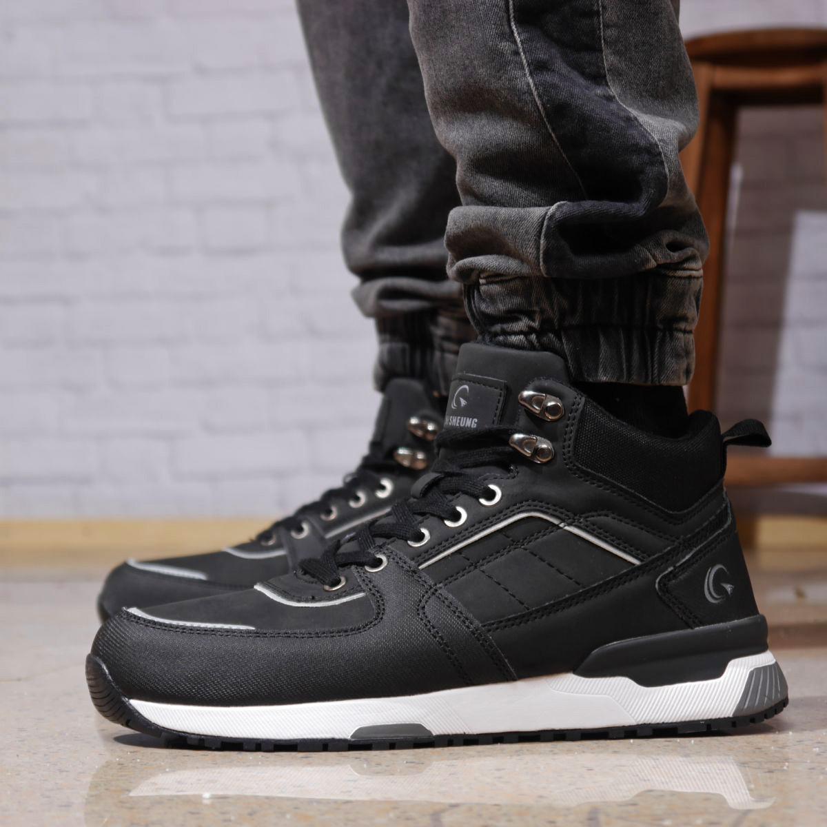 Кросівки чоловічі 18092 ► Chi Sheung (в коробці), чорні . [Розміри в наявності: 40,41,42,43,44,45]