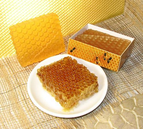 """Подарочное мыло ручной работы """"Пчелиные соты"""""""
