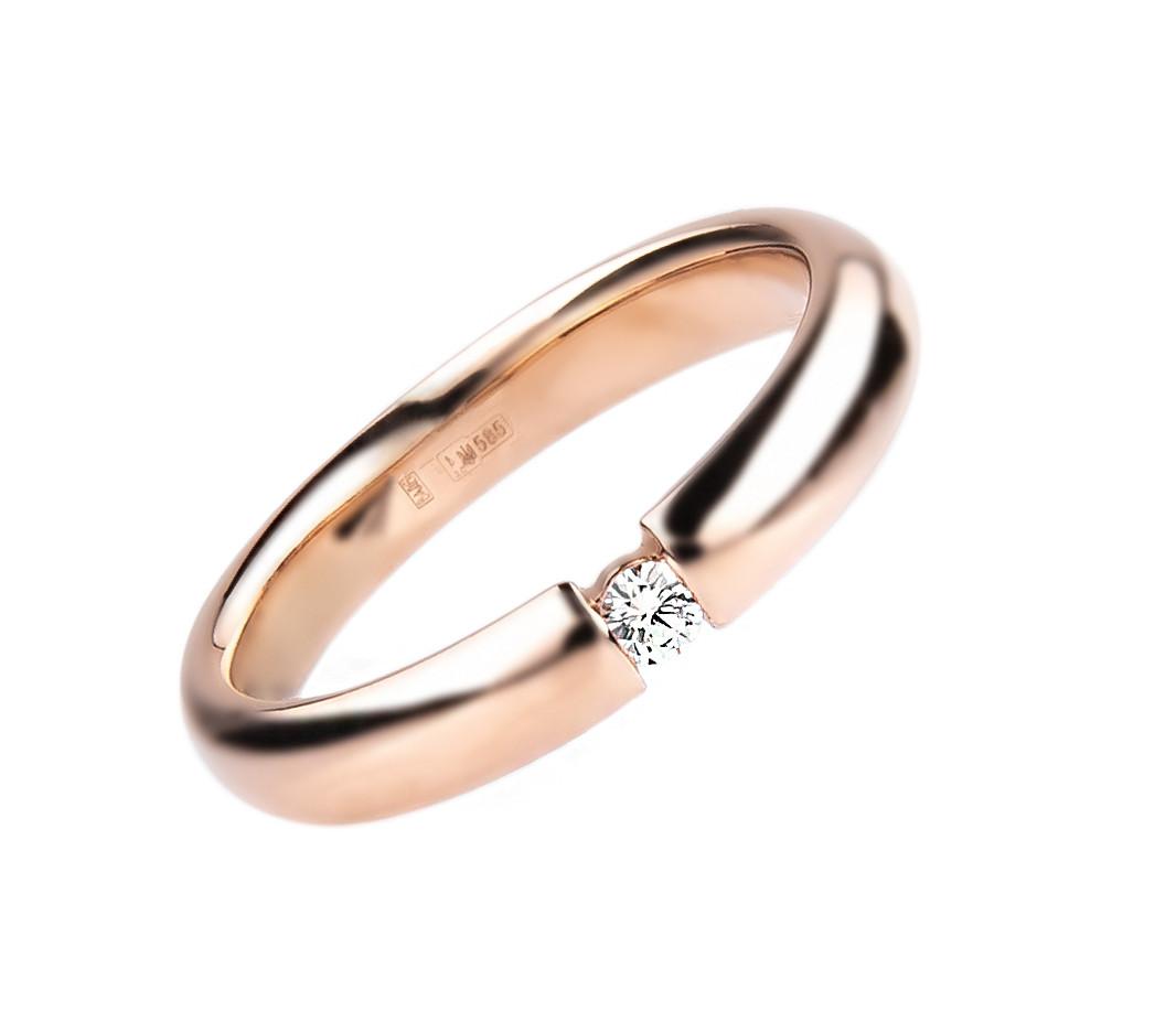 """Кольцо """"Пламя"""" в розовом цвете золота с бриллиантом (4мм) (размер 17)"""