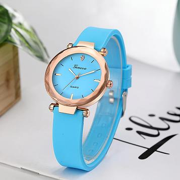 Жіночі наручні годинники з блакитним силіконовим ремінцем код 518