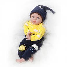 Силіконова колекційна лялька Reborn Doll Хлопчик Вовочка 55 см (200), фото 3