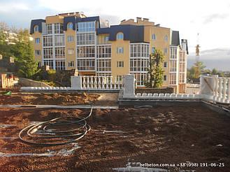При производстве бетонных балясин и балюстрад мы всегда стремимся к тому , чтобы качество и цена соответствовали друг другу. Гарантированный срок службы наших изделий более 25 лет. Наши балясины и балюстрады обладают высокой прочностью и плотностью.