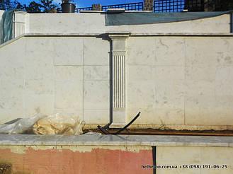 Благодаря своей технологии мрамор из бетона, после установки балюстрада не требует каких-либо дополнительных обработок, таких как покраска или шпаклевка. Материал изделий обладает равномерной текстурой и подходит для разных климатических условий.
