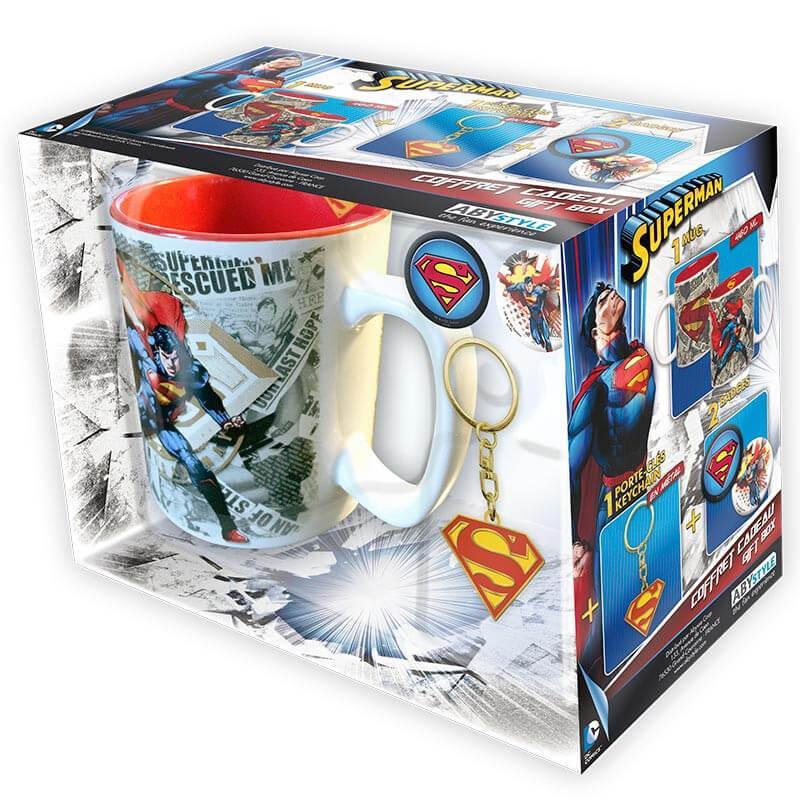 Набор подарочный Супермен чашка, брелок, значок DC Comics 112139