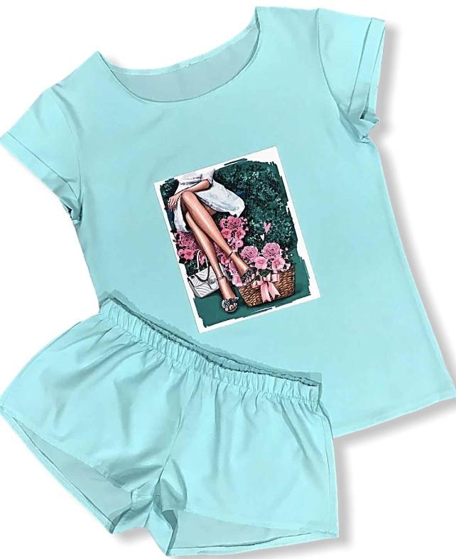 Женская пижама , шорты и футболка.