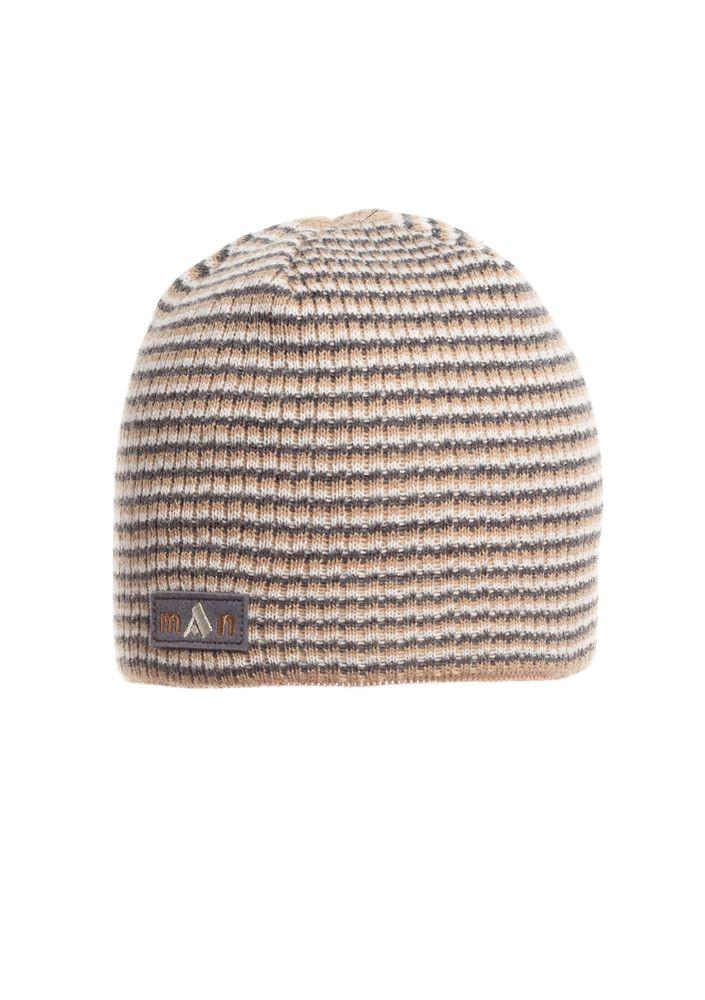 Удобная и стильная вязаная мужская шапка  красивой вязки, бежевая.