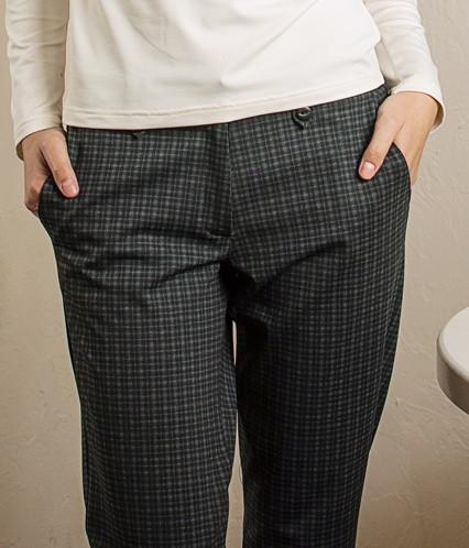 Теплі жіночі штани в клітку