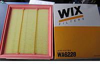 Фильтр воздушный WIX WA6228 Volkswagen Golf III Golf VI Vento Фольцваген Гольф III Гольф IV Венто WIX
