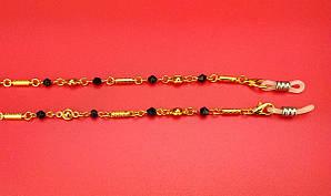 Шнурок Ц28 (желтая с черным камнем)