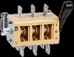 Вимикач-роз'єднувач ВР32И-35В31250 250А з'ємна рукоятка IEK