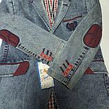 Джинсовый модный красивый нарядный пиджак с бордовой отделкой для мальчика., фото 2