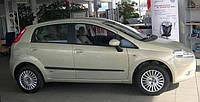Молдинги дверей Fiat Grande Punto