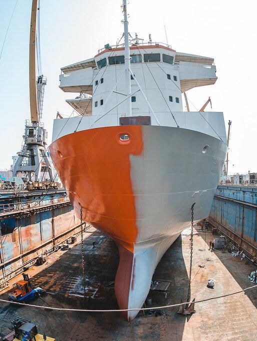 Системы для антикоррозионной защиты подводной части судов неограниченного района плавания