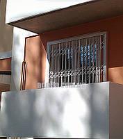 Решетки раздвижные на балкон Шир.1715*Выс2200мм