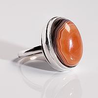 Серебряное кольцо с агатом, 18*13 мм., 1600КА