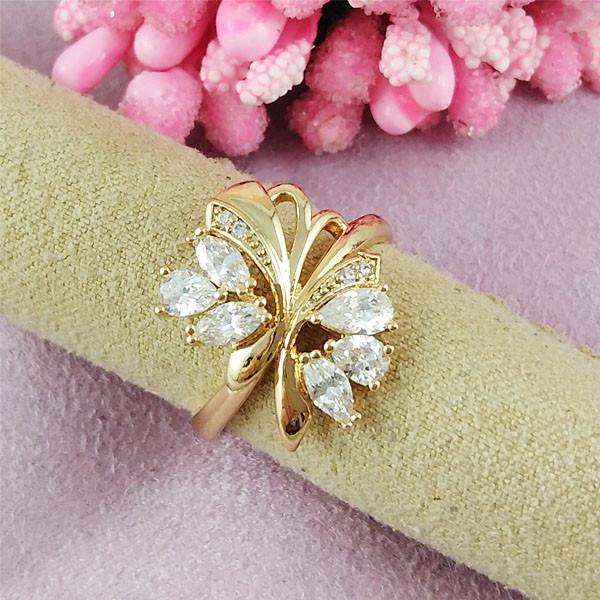 Кольцо Xuping Jewelry размер 19 Нелли медицинское золото позолота 18К А/В 2-0388