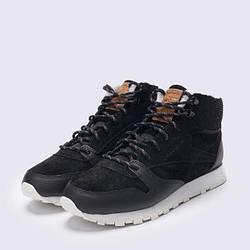 Женская спортивная обувь