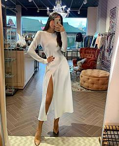 Стильное шелковое платье с высоким разрезом 42-44 р