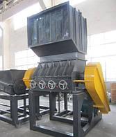 Оборудование для переработки полиэтиленовой пленки:  дробилка для пленки ESPC1200 и конвейер для загрузки