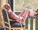 Сатиновая пижама Victoria's Secret The Satin PJ Set р. L, Розовая в полоску, фото 3