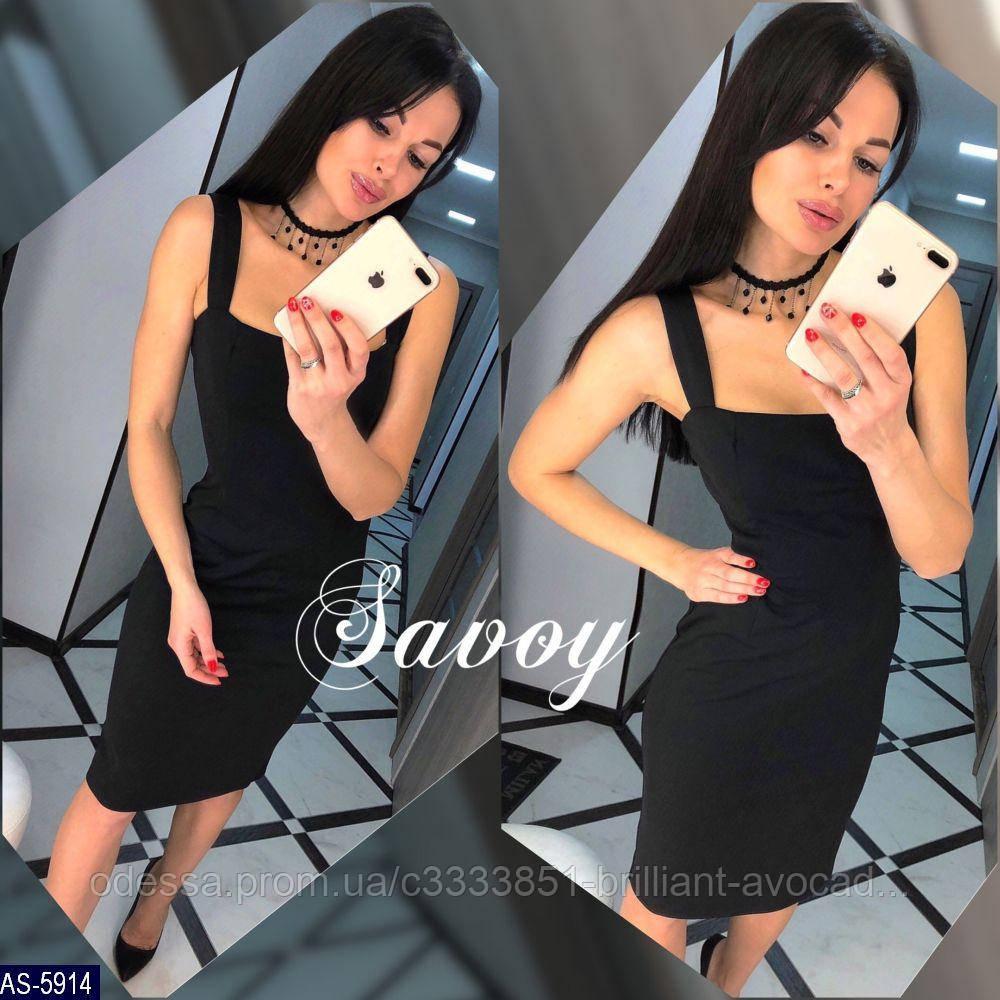 Женское красивое вечернее облегающее платье