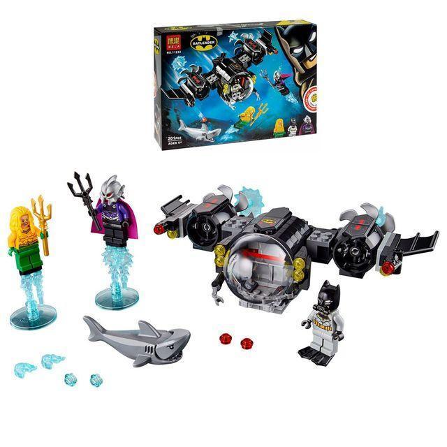"""Конструктор 11233 Super Heroes """"Підводний бій Бетмена"""" 201 деталей."""