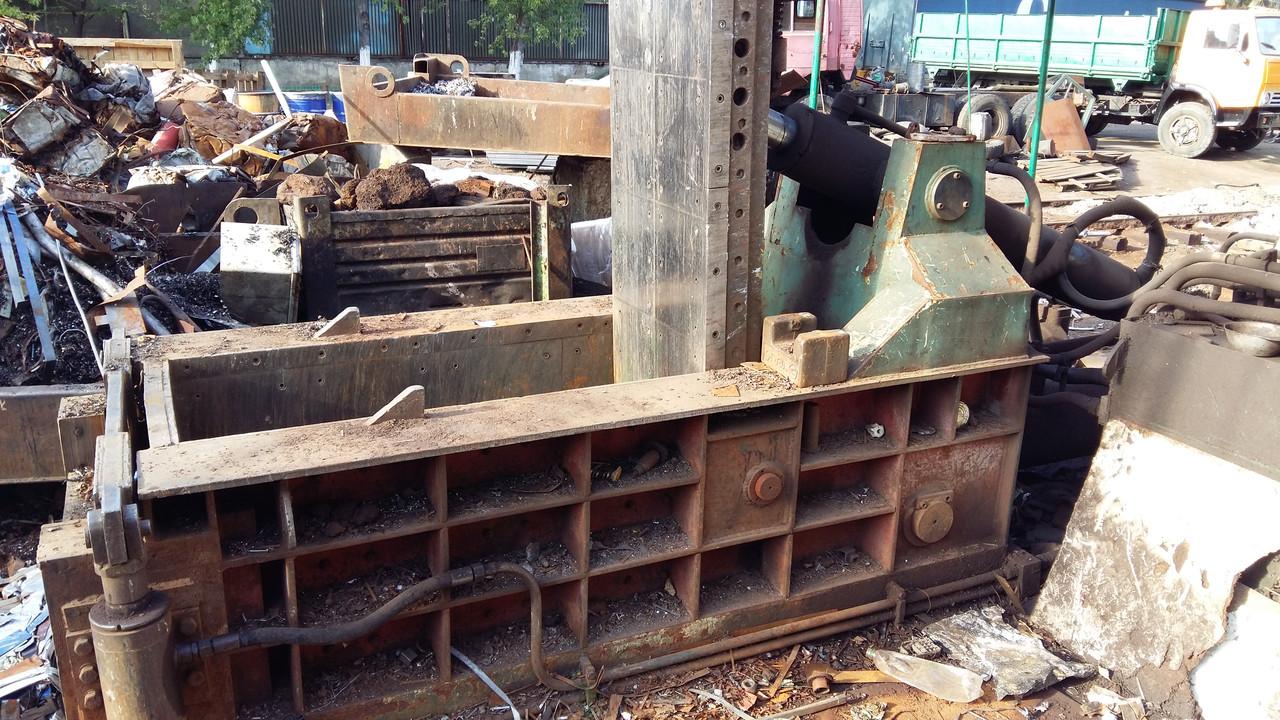 Пресс для металлолома Y81Q-135, 2011 г.в. - Оборудование для промышленности и переработки металлолома в Киеве