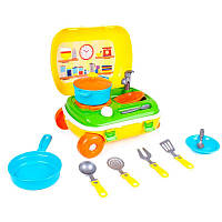 Кухня с набором посуды в чемодане Технок (6078)