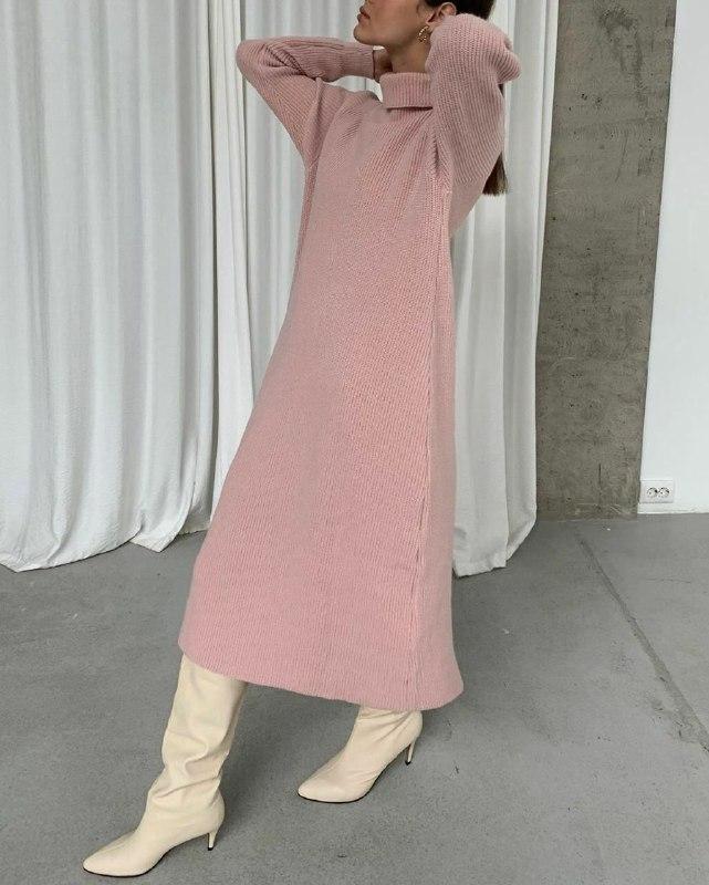Теплое женское платье Розовое