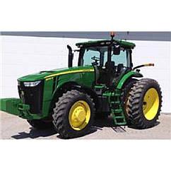 Іграшка трактор John Deere 8400R