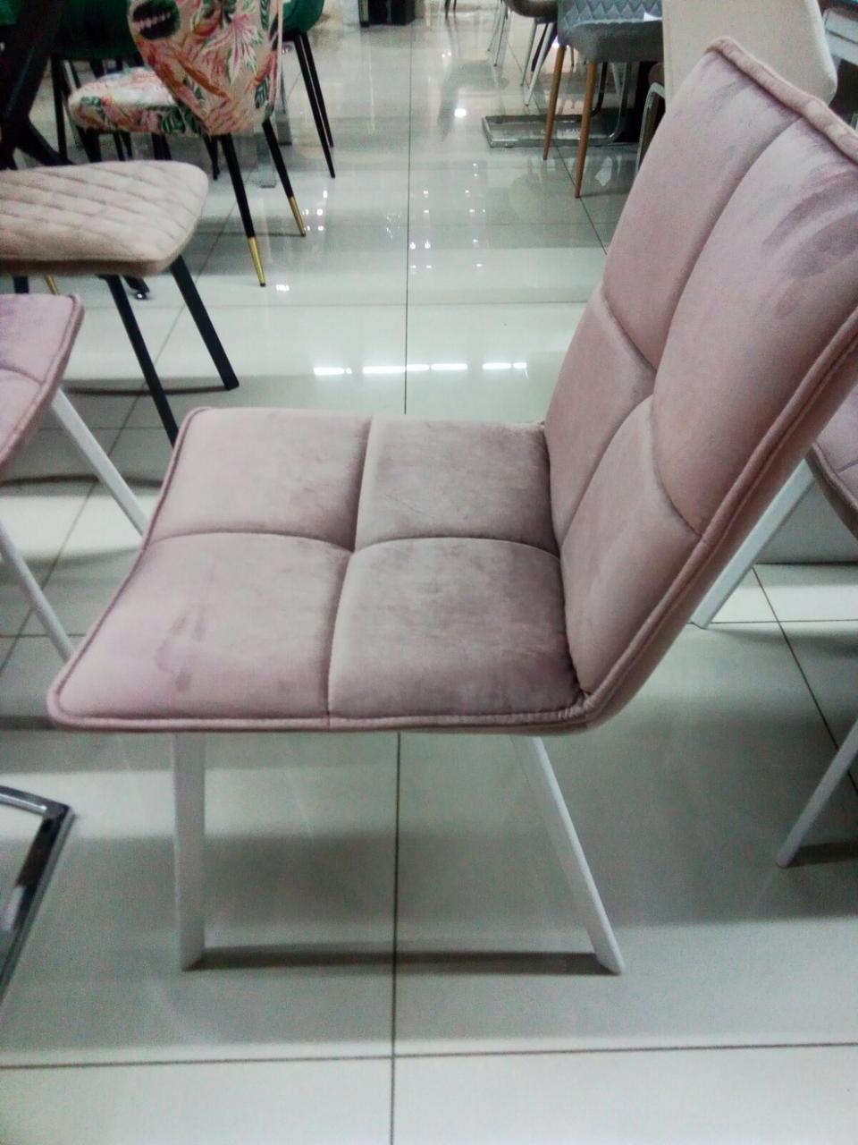 Стул обеденный LARS Ларс розовый велюр + белый металл