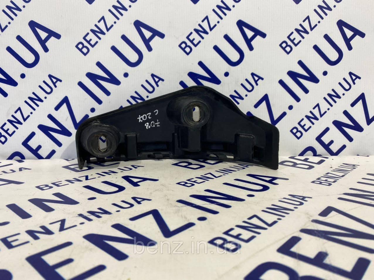 Опорный кронштейн заднего бампера справа Мерседес C207/A207 A2078850465