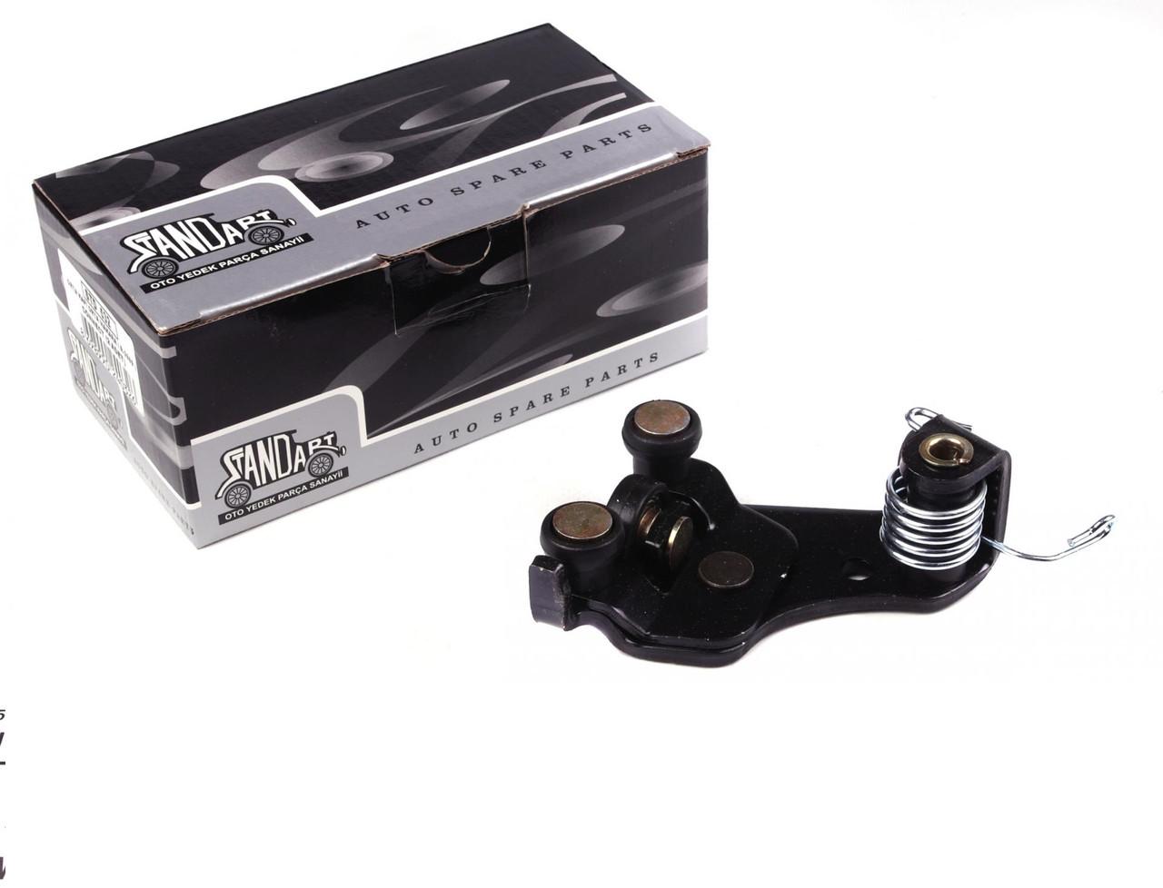 Ролик двери боковой сдвижной/правой (средний) Ford Connect 02- (BP 81800) DP Group