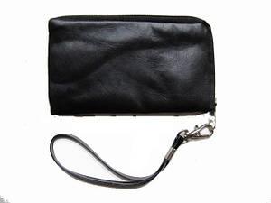 Косметичка прямоугольная малая под мобильник или кошелечек под мелочь цвет черный.