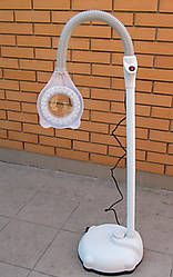 Лампа лупа напольная на штативе с подсветкой-диодами.