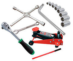 Автоінструмент та обладнання
