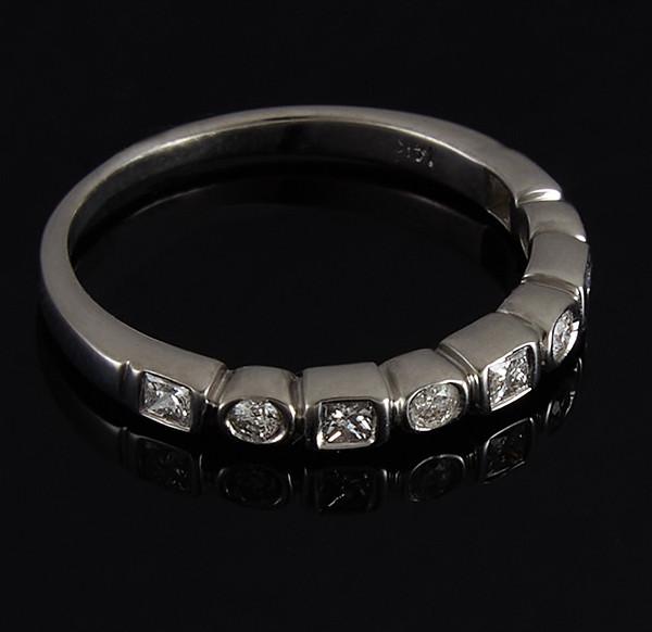 Золотое кольцо с бриллиантами С42Л1№9