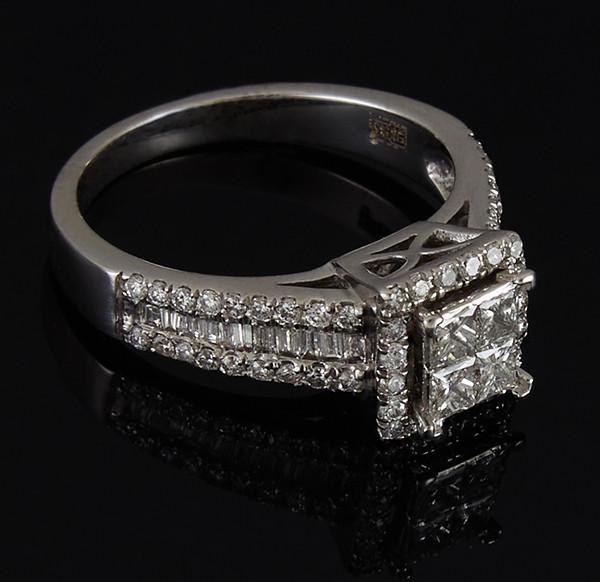 Золотое кольцо с бриллиантами С44Л1№9