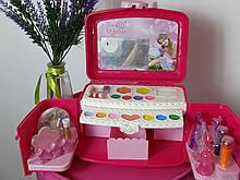 Кейс  детской косметики сундук с зеркалом и косметикой